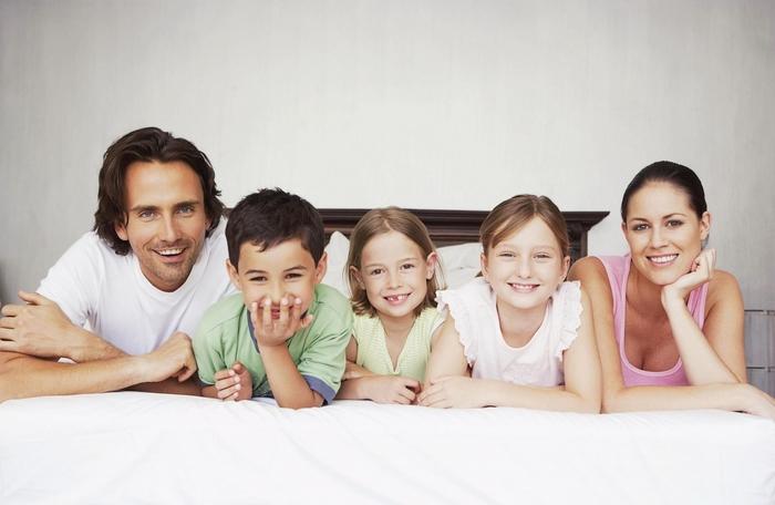 Какие льготы у семей с тремя детьми?