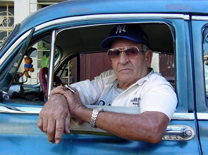 Пенсионеры и налог на транспорт