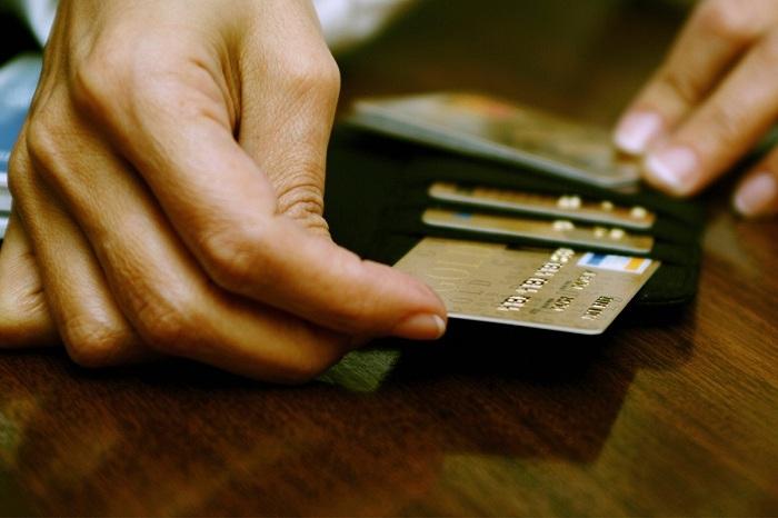 Способы получения денег и погашения кредита