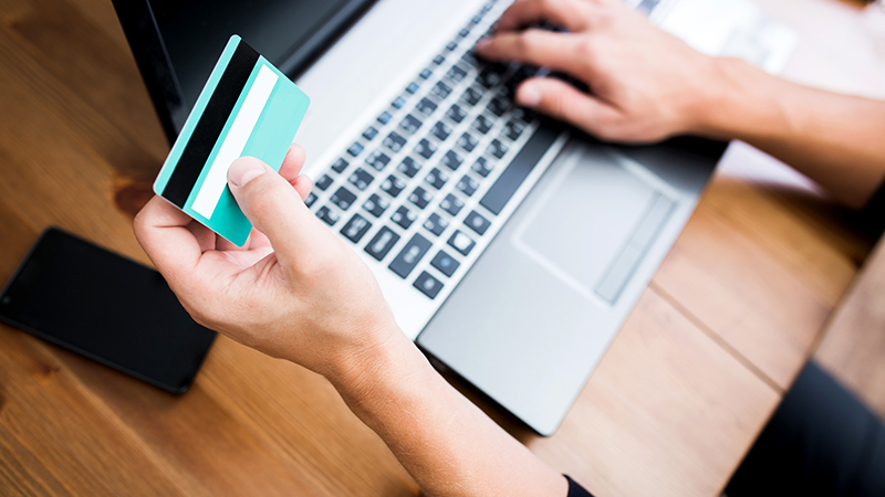 Как оформить кредит в «Сбербанке» через интернет за несколько минут?
