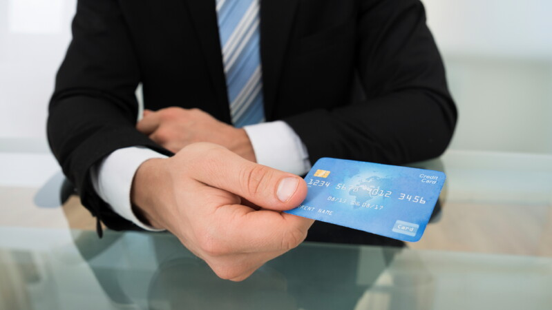 «СМС Финанс» — займ на карту