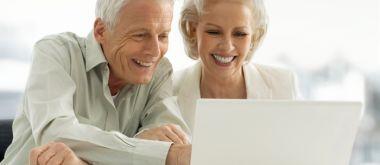 Куда можно вложить деньги пенсионерам?
