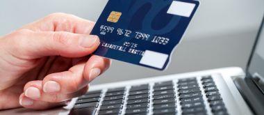 Как и где получить кредит на карту безработным