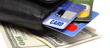 Что лучше: потребительский кредит или кредитная карта