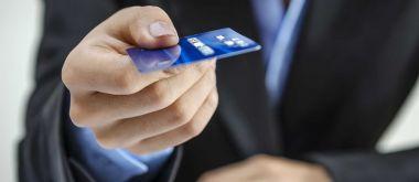 5 лучших кредитных карт с беспроцентным снятием наличных
