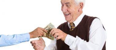 Кредит в банке Восточный для пенсионеров: условия и процентная ставка
