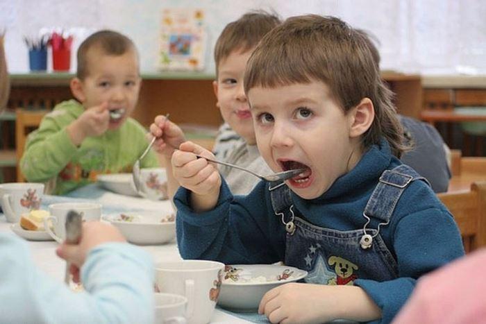 Какими льготами пользуются дети сироты