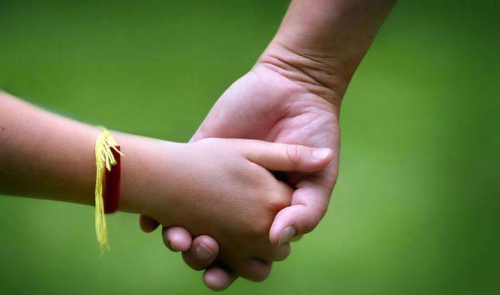 Выплаты и льготы опекунам несовершеннолетних детей