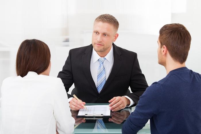 Обращение в банк при разводе