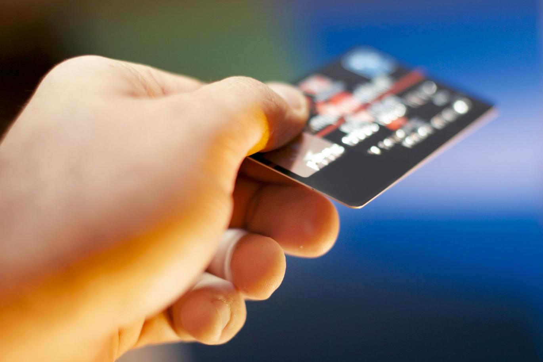kreditnaya-karta-s-ploxoj-kreditnoj-istoriej_