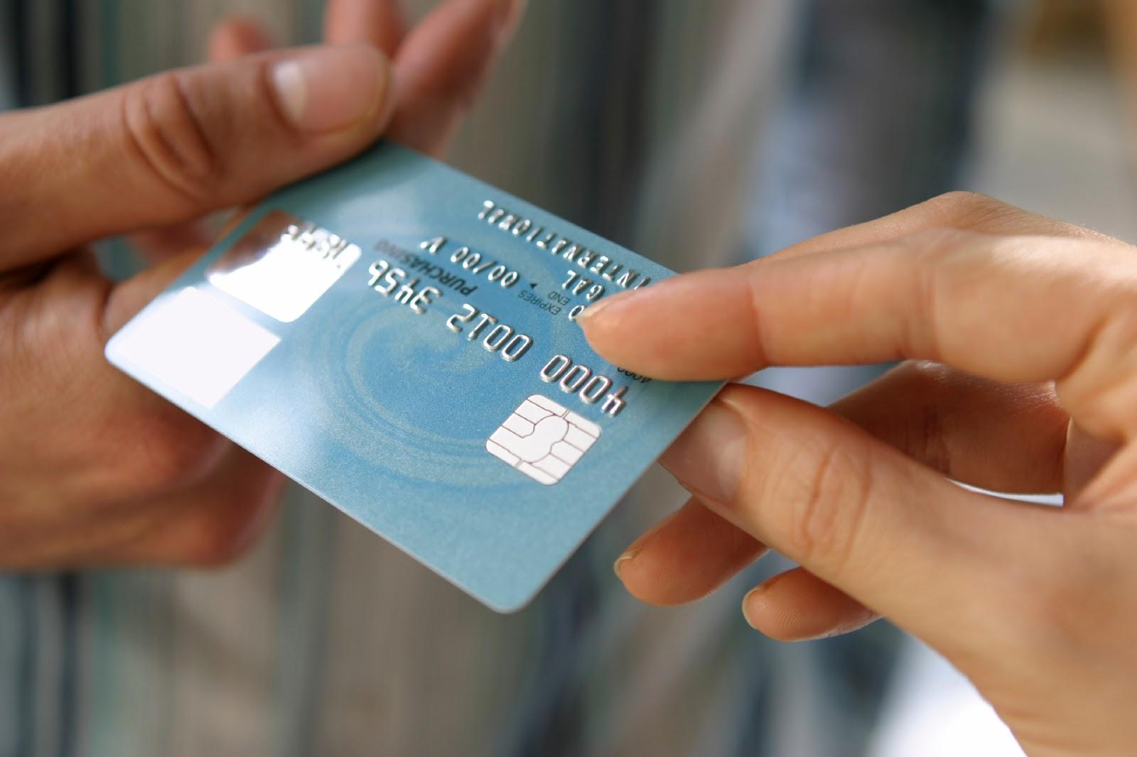 kreditnaya-karta-s-ploxoj-kreditnoj-istoriej_5