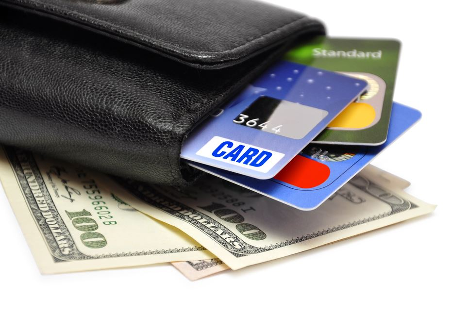 chto-luchshe-kredit-ili-kreditnaya-karta_2