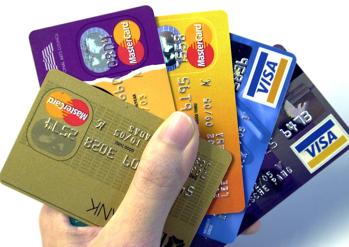 chto-luchshe-kredit-ili-kreditnaya-karta_21