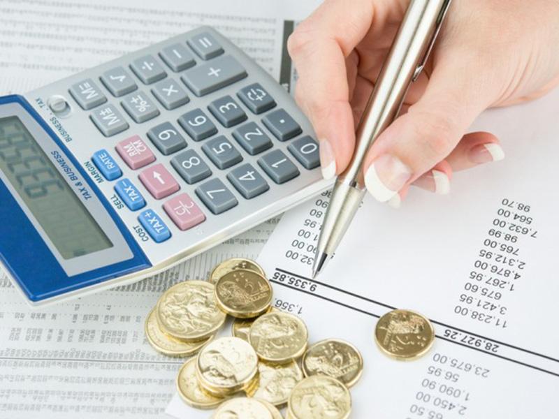 Платеж по кредиту просрочен не более трех дней