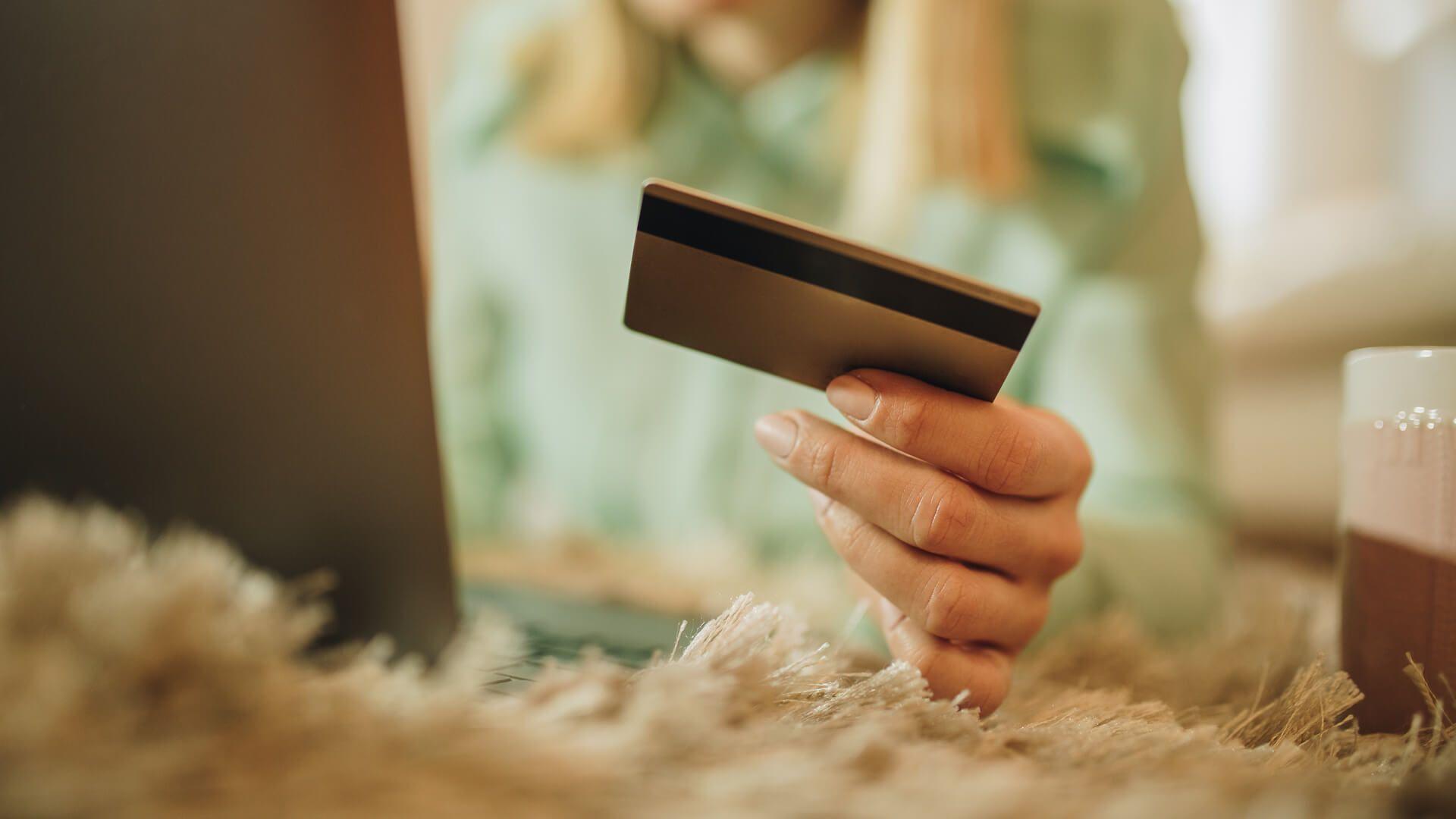 kreditnye-karty-s-lgotnym-periodom_16