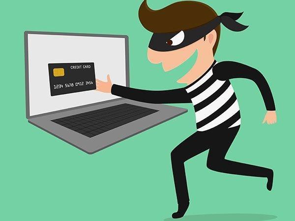 mogut-li-pristavy-arestovat-kreditnuyu-kartu_10