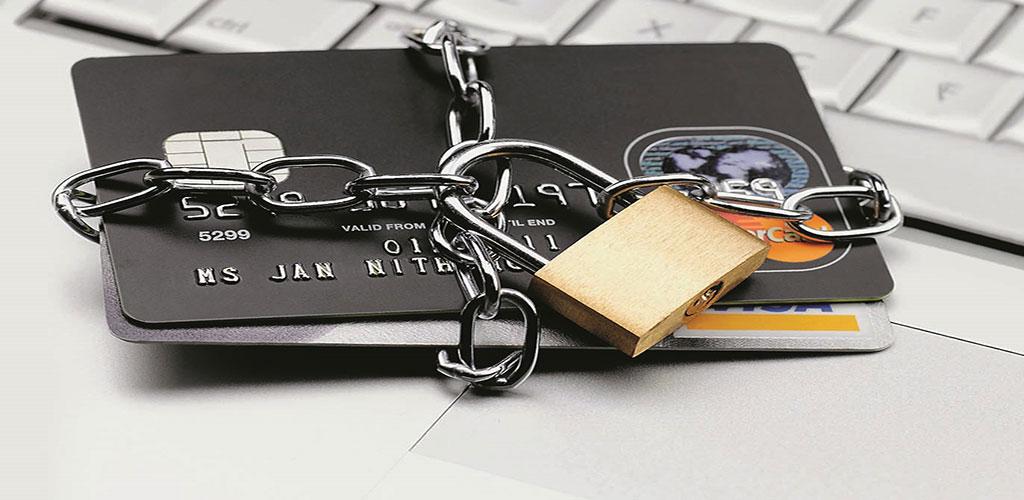 mogut-li-pristavy-arestovat-kreditnuyu-kartu_14
