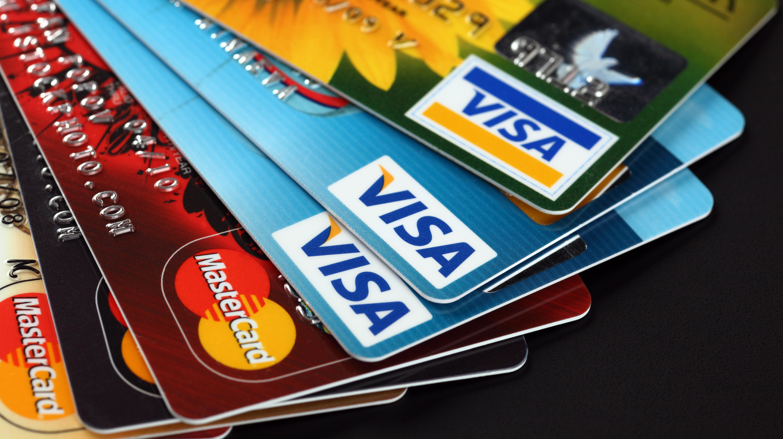chem-otlichaetsya-debetovaya-karta-ot-kreditnoj_3
